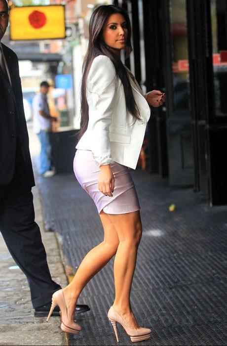 Kim kardashian sexy heels