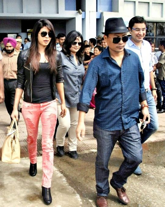 Priyanka Chopra Visits Mary Kom in Imphal