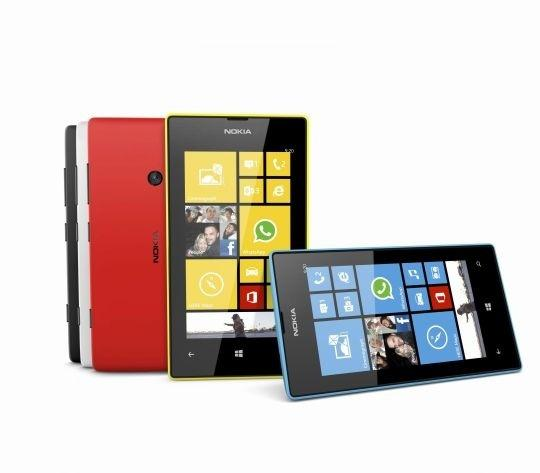 Nokia Launches Lumia 720 And 520 In India