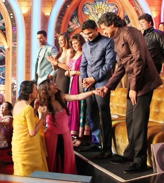 Tanuja, Tanishaa Mukerji and Armaan Kohli