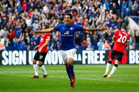 Leonardo Ulloa of Leicester City scores his team's fifth goal