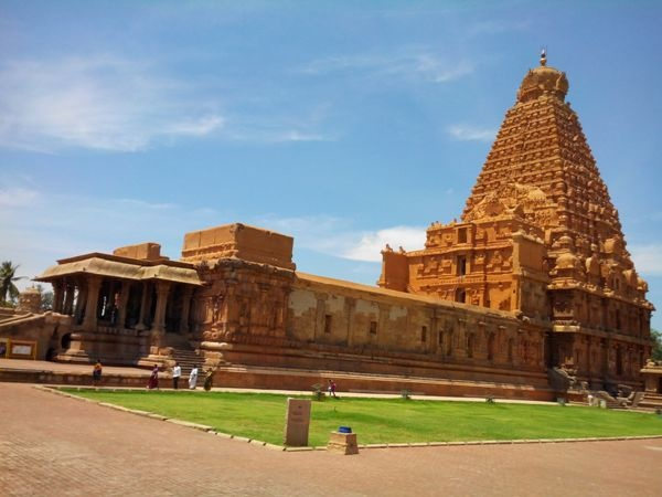 13 Beautiful Ancient Temples In India That Will Take You Back In