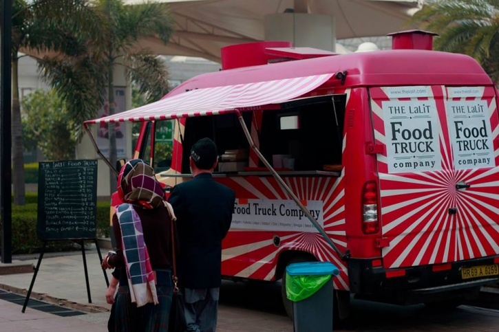 16 Food Trucks That Serve Up Lip Smacking Comfort Foods All Over
