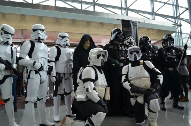 Man Yells Out A Star Wars Spoiler, Thrashed And Sent To ICU. Cops Call Is