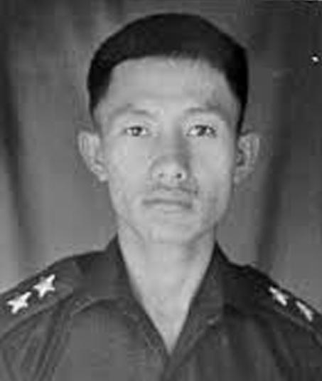 Captain Neikezhakuo Kenguruse