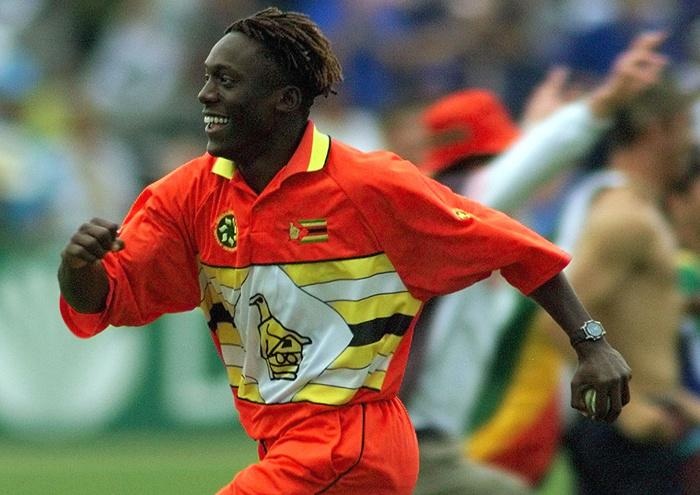 Henry Olonga is now training to become a singer in England.
