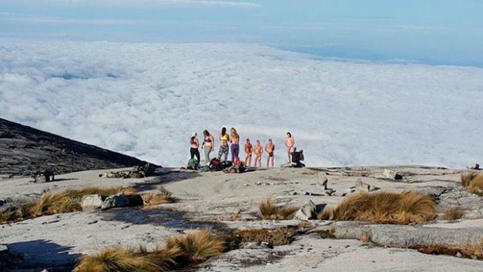 naked tourists malaysia