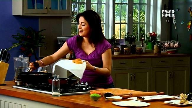 10 indian cooking shows you need to watch to ace cooking image credit foodfood forumfinder Images