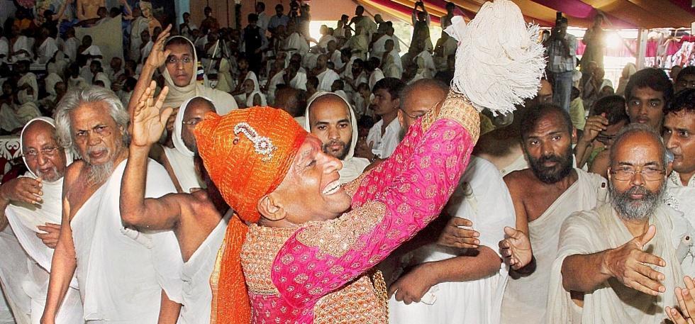 Delhi Billionaire Gives Up 600 Crore Empire To Become A Monk