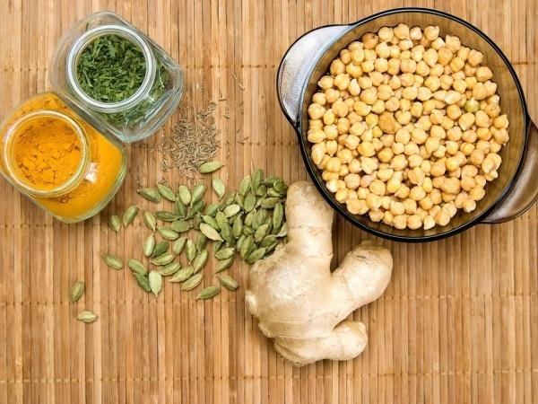 Ayurvedic Cooking: Effects Of Gunas, Doshas And Food On Digestion