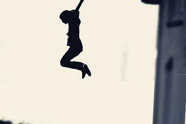 dope rope or jumping off a building here s how this 26 yo girl