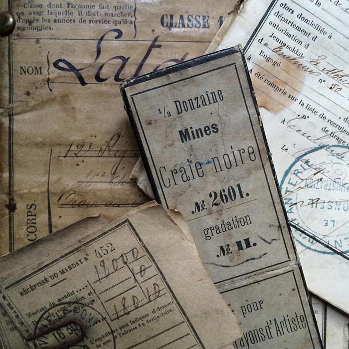 Creating an antique paper