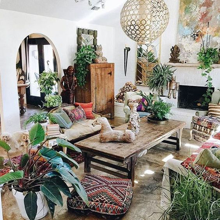 10 Simple Ways You Can Decorate A Bohemian-Style Room On A