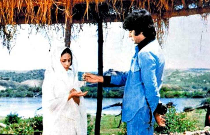 Sholay Amitabh Bachchan Jaya Bhaduri