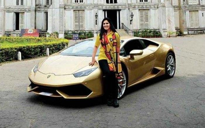 Meet Sheetal Dugar The First Indian Woman To Own A Lamborghini
