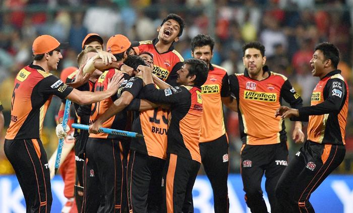 SRH celebrate