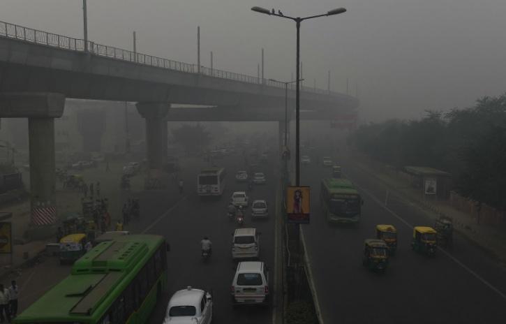 Smog in delhiq