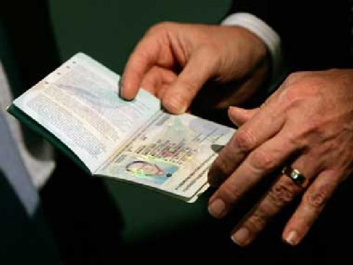 Singapore Blocks Visa