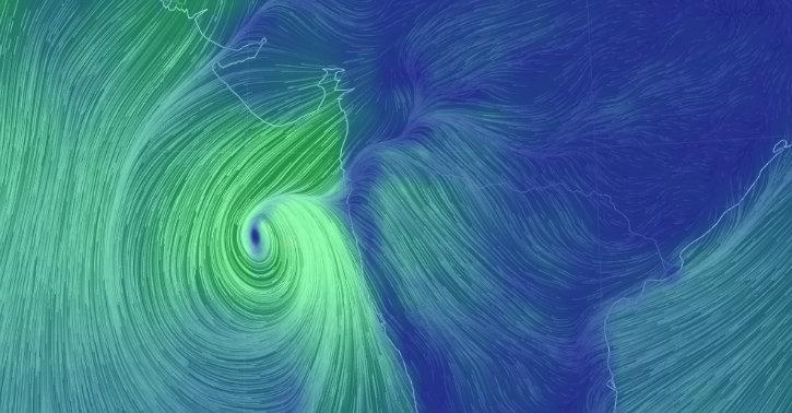 Follow Cyclone Ockhi Live Wind Patterns On This Data Animation