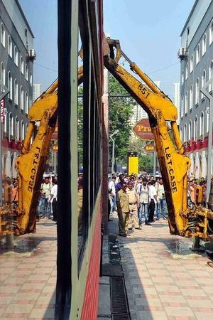 demolitions in Mumbai