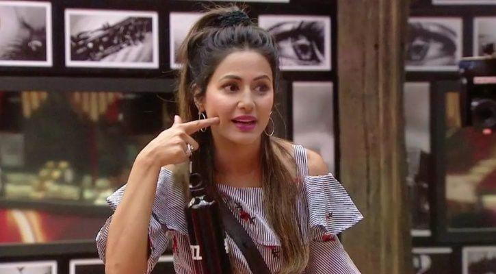 Arshi Confirms Hina Khan Wears Borrowed Clothes On Bigg Boss 11