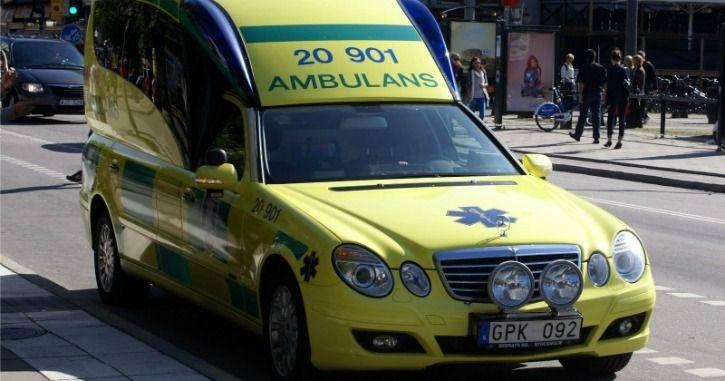 Swedish Ambulances Will Hack Into Car Audio Remotely To Ask