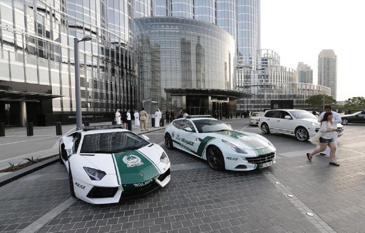 dubai police's bugatti veyron declared world's fastest patrol car