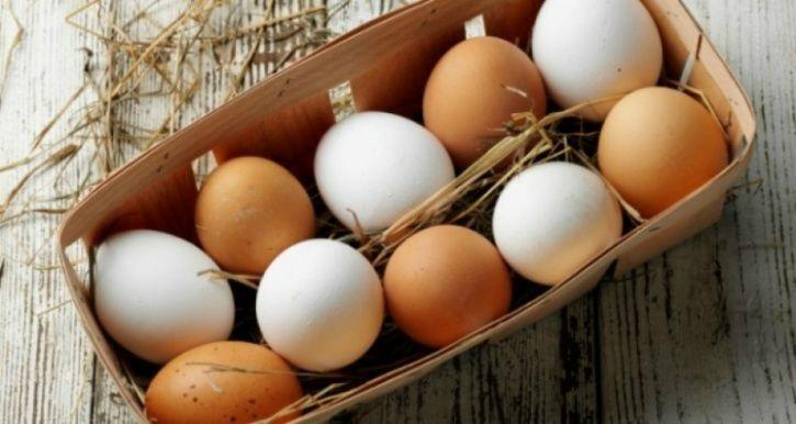 Myth #4: White eggs are healthier than brown eggs! Fact: Eggs come in several colours. Eggshells derive their colour from the pigments the hens produce. Hence, both white and brown have the same nutritional values and are healthy.