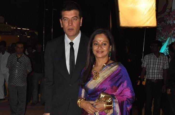Aditya Pancholi, wife
