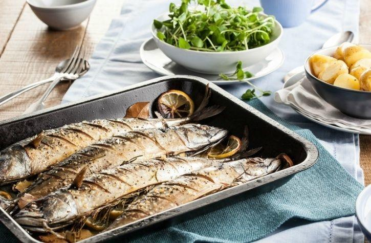 Here's a list of foods that are loaded with these two amino acids that you're ought to consume if you're starting off with a diet: Mackerel