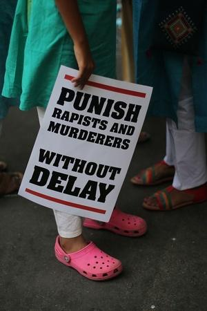 death penalty Mumbai girl fights back