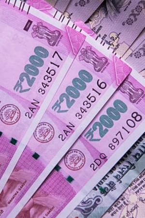 In 2018 Banks Collected Rs 5000 Crore Because You Didnt Maintain Minimum Balance
