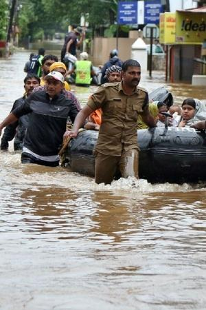 India People Indians Kerala Kerala Floods Deaths Organizations Social Media