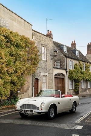 Aston Martin Classic Cars Vintage Cars Aston Martin Electric Drivetrain Electric Classic Car Con