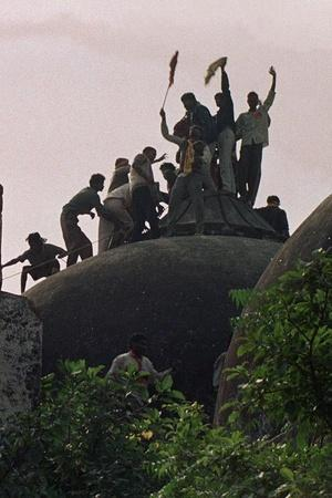 ayodhya residents priests saved muslims