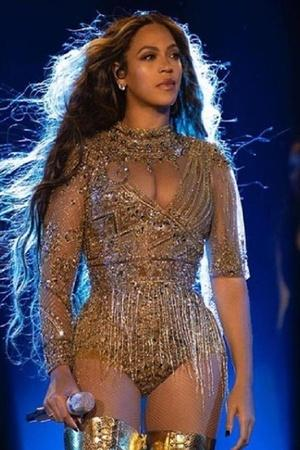 Beyonce Adds Spunk To Ambanis Bash Ayushmann Donated Sperms In Real Life More From Ent