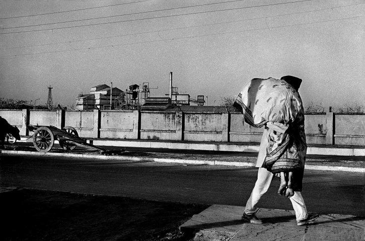 Bhopal gas tragedy, Raghu Rai, Union Carbide India, memorial hospital, greenpeace international, cor