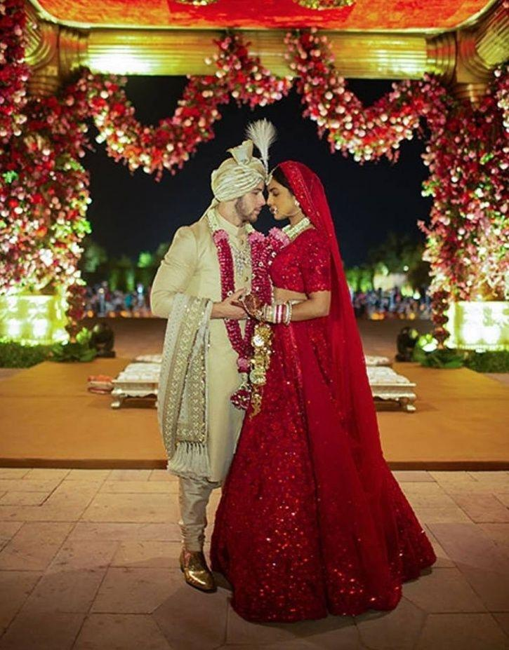 Desi Bride & Videshi Groom! Priyanka Chopra & Nick Jonas' Wedding Pictures Are Finally Here