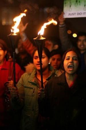 Fearless Women Walk Down The Same Route At Midnight As Taken By Nirbhaya To Reclaim The City Stree