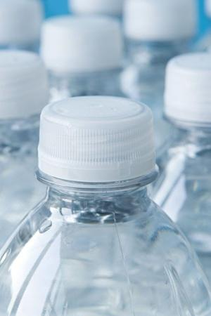 Is Using Plastic To Store Food Dangerous For Your Health And WellBeing