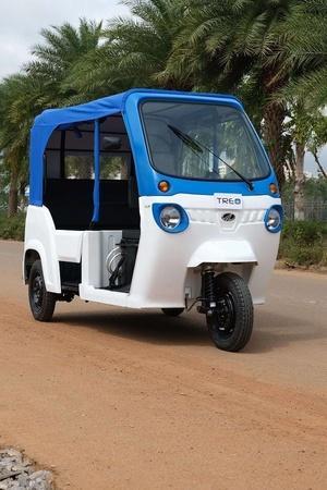 Mahindra Electric Mobility Ltd Mahindra Treo Mahindra Treo Yaari SmartE Electric ThreeWheeler