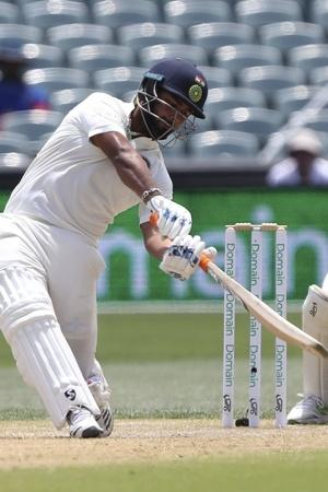 Rishabh Pant Just Smashed Nathan Lyon For 18 Runs In An Over