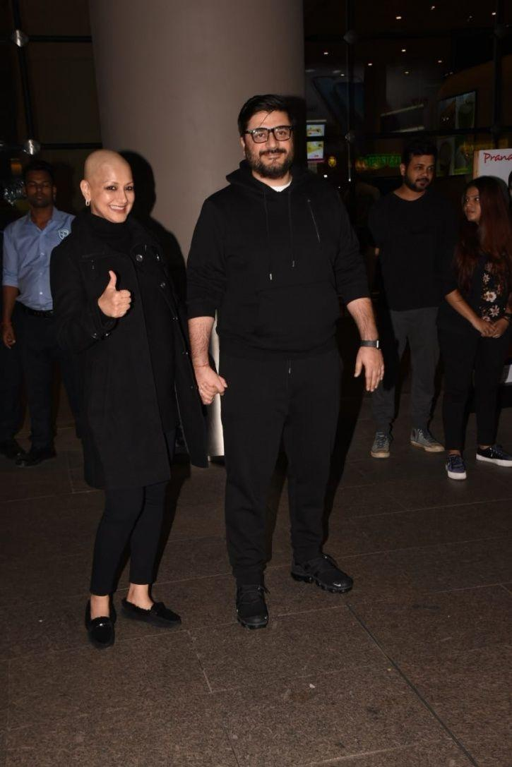 Sonali Bendre Returns To India With A Glittering Smile, Says Battle With Cancer Is Not Yet Over