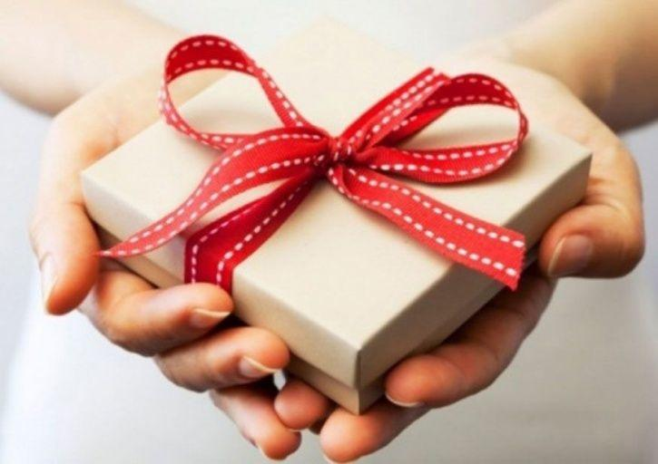 The Joy Of Giving Not Just Receiving Is The Key To Lasting Happiness