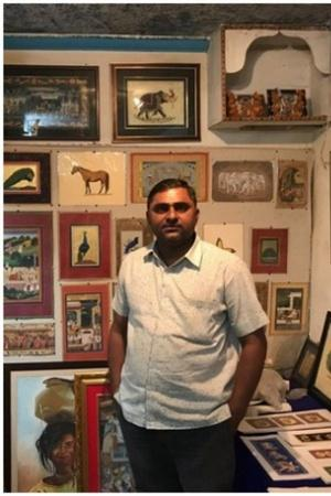 Vijay Prajapat a Jodhpurbased miniature artist as been teaching miniature art for the past 11 year