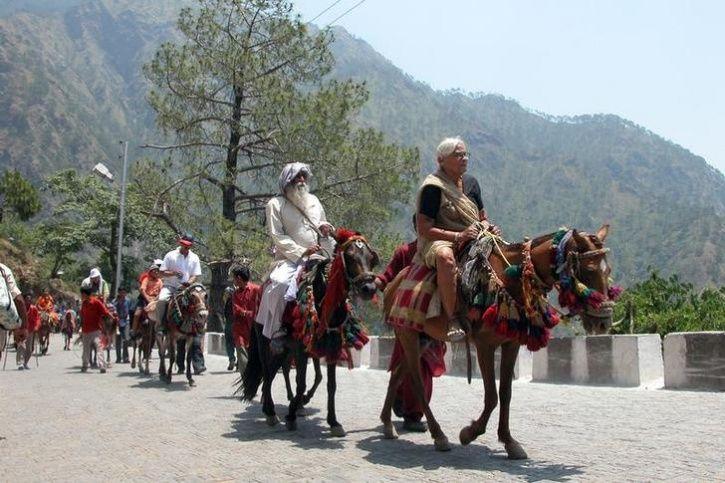 Image result for mata vaishno devi pilgrims yatra in horse