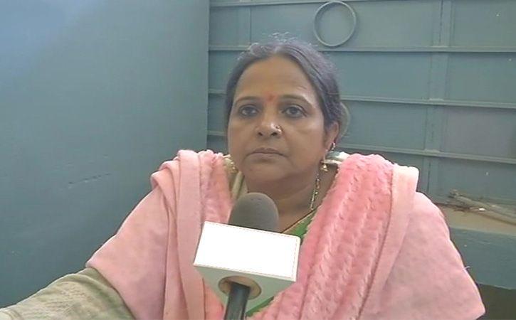 biology teacher of Raipur Kendra Vidyalaya is accused of turning her class into cringe worthy sermon