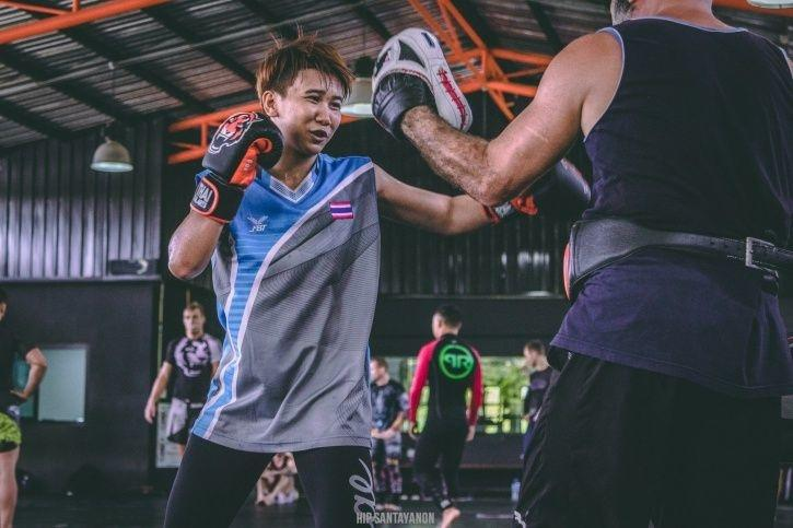Loma Lookboonmee will make her MMA debut on January 13