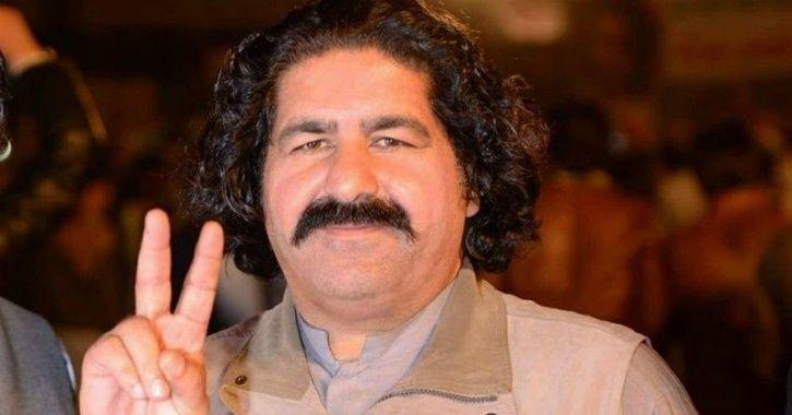 Ali Wazir marxist