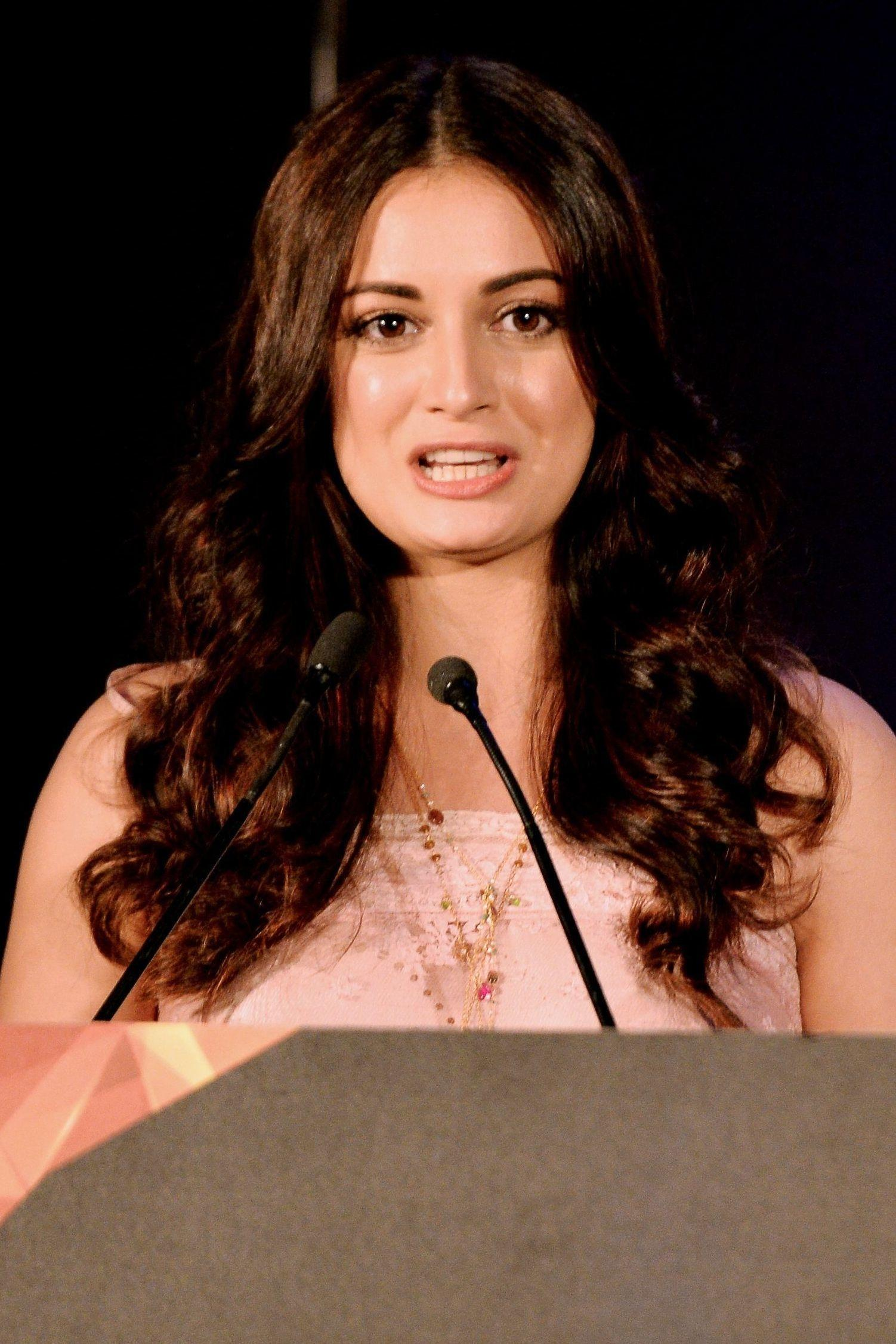 WTF Dia Mirza new images